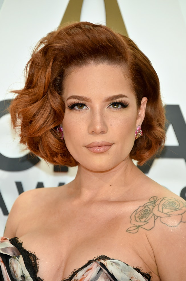 NASHVILLE, TENNESSEE - NOVEMBER 13: (FOR EDITORIAL USE ONLY) Halsey attends the 53rd annual CMA Awards at the Music City Center on November 13, 2019 in Nashville, Tennessee. (Photo by John Shearer/WireImage,)