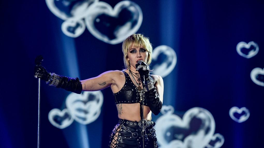 LOS ANGELES, CA – DECEMBER 31st: In this image released on December 31, Miley Cyrus performs at Dick Clark's New Year's Rockin' Eve with Ryan Seacrest 2021 broadcast on December 31, 2020 and January 1, 2021. (Photo by Alberto E. Rodriguez/Getty Images for dick clark productions)