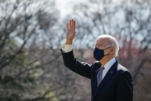 WASHINGTON, DC - MARCH 19: U.S. President Joe Biden waves to First Lady Dr. Jill Biden and family, w...