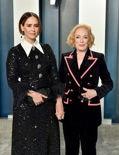 BEVERLY HILLS, CALIFORNIA - FEBRUARY 09: Sarah Paulson and Holland Taylor attend the 2020 Vanity Fair Oscar Party hosted by Radhika Jones at Wallis Annenberg Center for the Performing Arts on February 09, 2020 in Beverly Hills, California. (Photo by Axelle/Bauer-Griffin/FilmMagic)