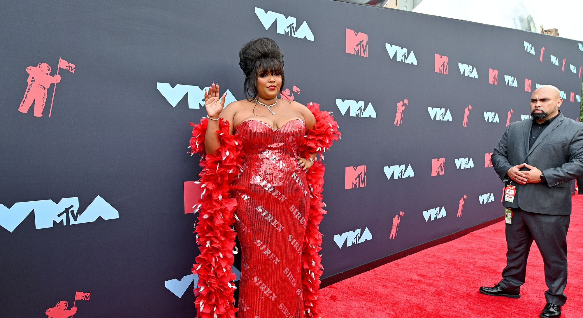 NEWARK, NEW JERSEY - AUGUST 26: Lizzo attends the 2019 MTV Video Music Awards at Prudential Center on August 26, 2019 in Newark, New Jersey. (Photo by Dia Dipasupil/Getty Images for MTV)