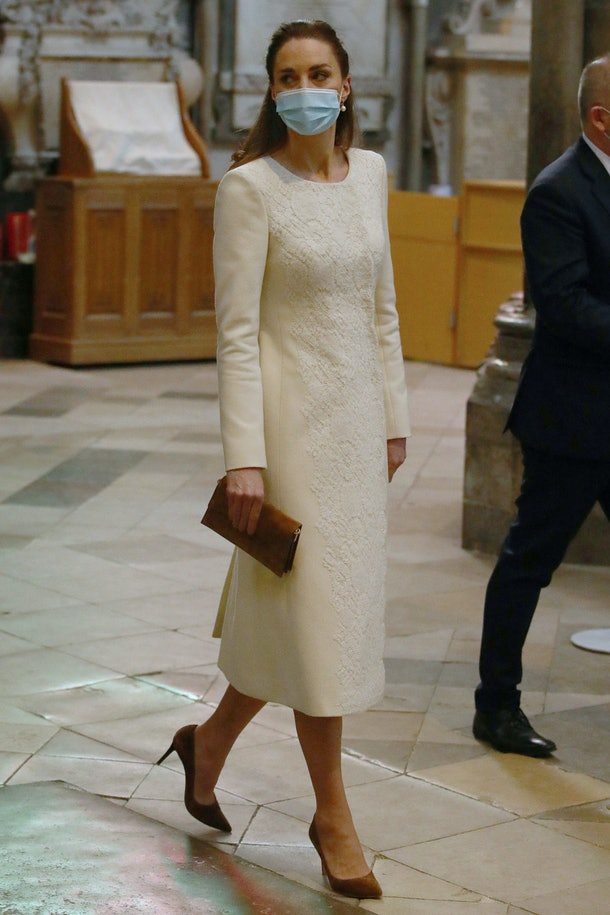 Britain's Catherine, Duchess of Cambridge arrives for a visit to the coronavirus vaccination centre at Westminster Abbey, central London on March 23, 2021, to pay tribute to the efforts of those involved in the Covid-19 vaccine rollout. (Photo by Aaron Chown / POOL / AFP) (Photo by AARON CHOWN/POOL/AFP via Getty Images)