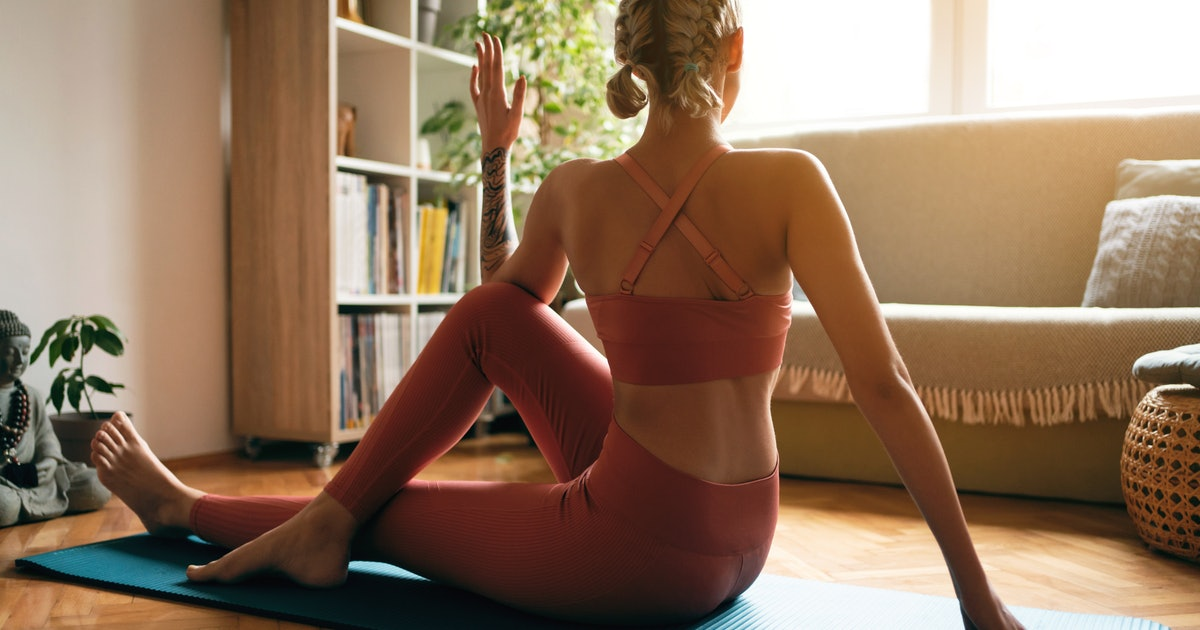 10-Minute Stretching Videos That Give Your Muscles Some TLC