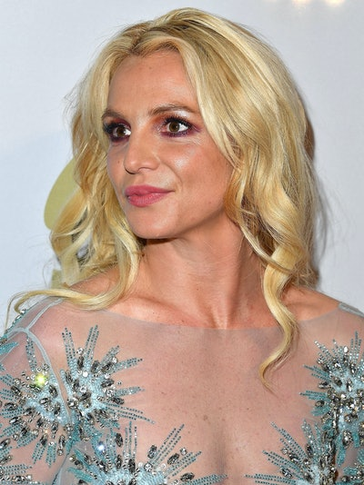 LOS ANGELES, CA - FEBRUARY 11:  Britney Spears arrives at the Pre-GRAMMY Gala and Salute to Industry Icons Honoring Debra Lee on February 11, 2017 in Los Angeles, California.  (Photo by Steve Granitz/WireImage)