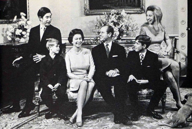 The royal family poses for a photo, 1970.