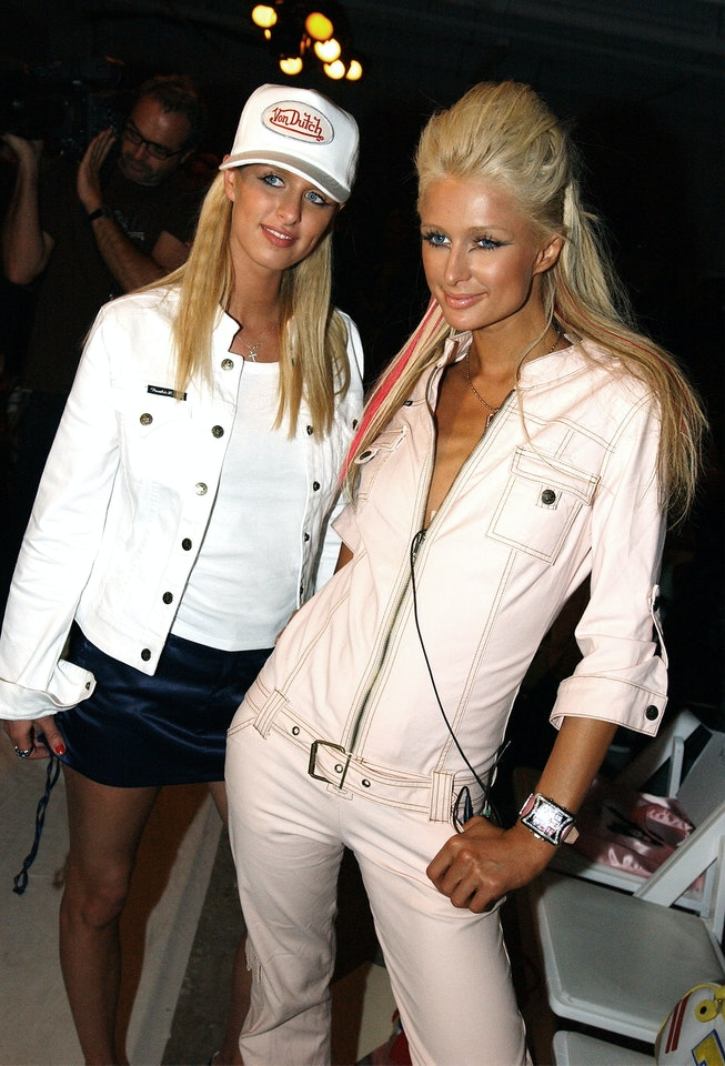 LOS ANGELES - APRIL 2:  Nicky (L) and Paris Hilton pose at the Frankie B Fall 2003 preview during the Mercedes-Benz Shows LA fashion week in Los Angeles, California. (Photo by Vince Bucci/Getty Images)