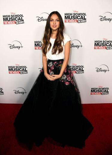 "BURBANK, CALIFORNIA - NOVEMBER 01: Olivia Rodrigo arrives at the premiere of Disney+'s ""High School ..."