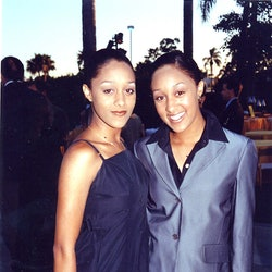 Tia & Tamera Mowry at the 1998 premiere of Snake Eyes in Los Angeles. (Photo by Jeff Kravitz/FilmMagic, Inc)