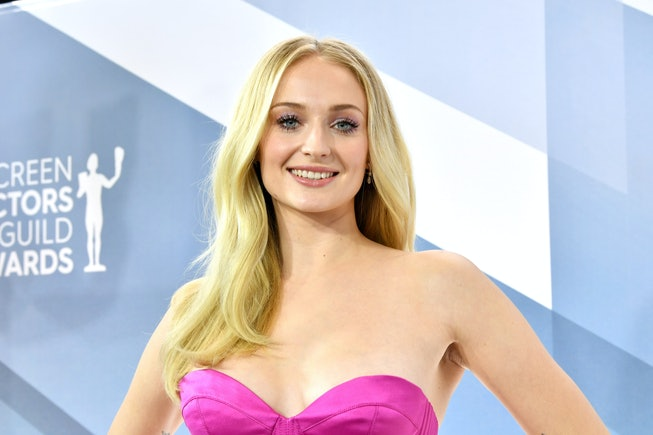 LOS ANGELES, CALIFORNIA - JANUARY 19: English actress Sophie Turner attends the 26th Annual Screen ActorsGuild Awards at The Shrine Auditorium on January 19, 2020 in Los Angeles, California. (Photo by Amy Sussman/WireImage)