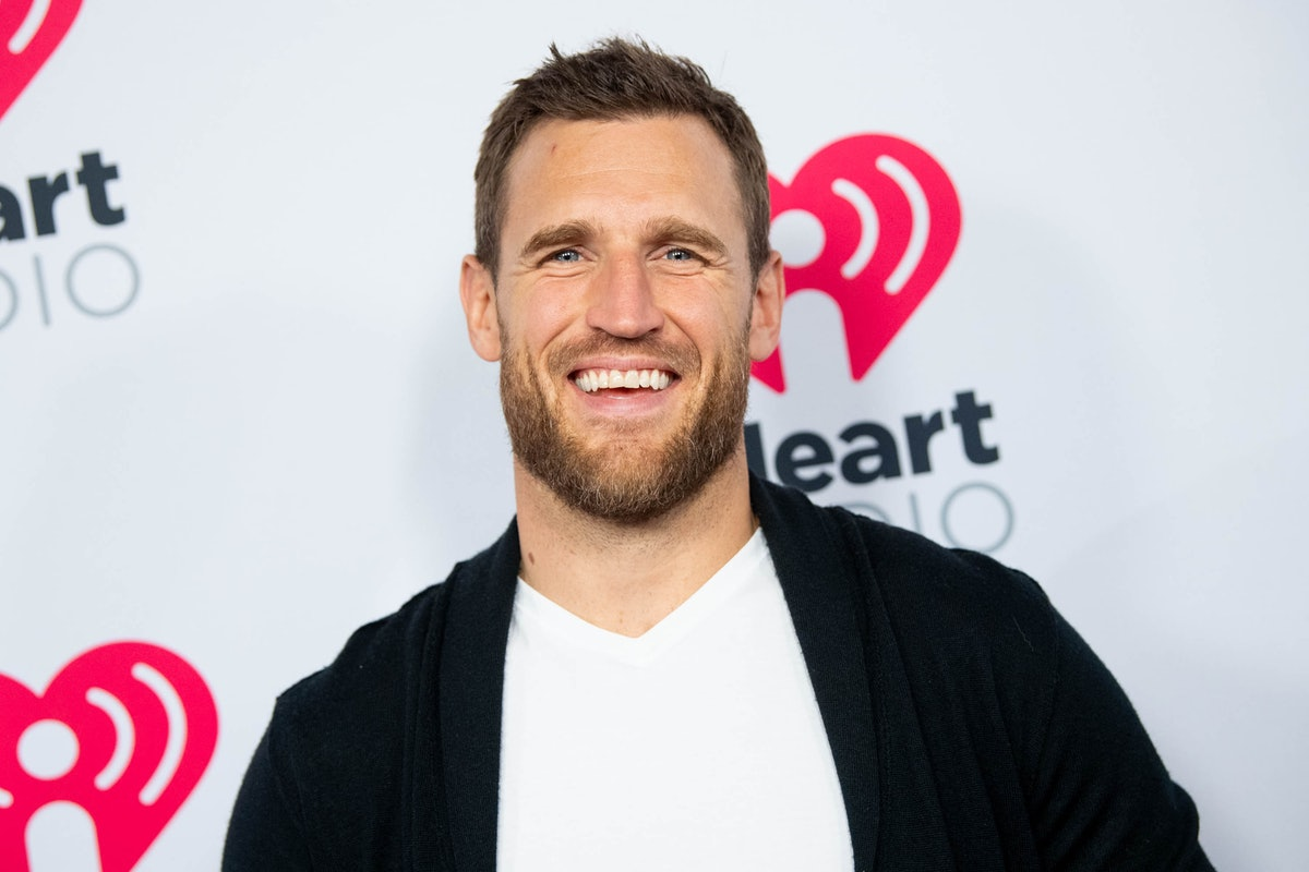BURBANK, CALIFORNIA - JANUARY 17: Brooks Laich arrives at the 2020 iHeartRadio Podcast Awards at iHe...