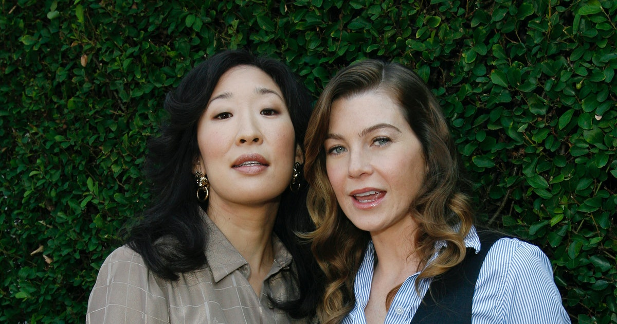 12 Sandra Oh Photos With The 'Grey's Anatomy' Cast In Real ...