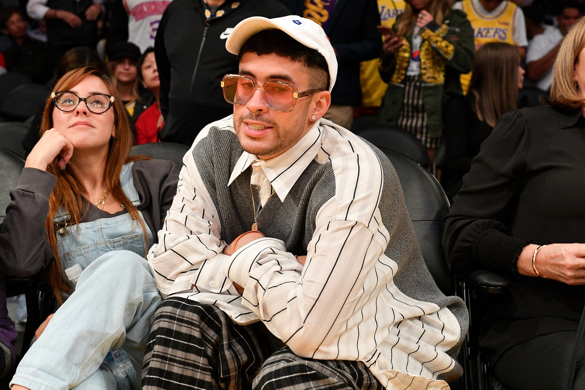 LOS ANGELES, CALIFORNIA - MARCH 03: Singer Bad Bunny attends a basketball game between the Los Angel...