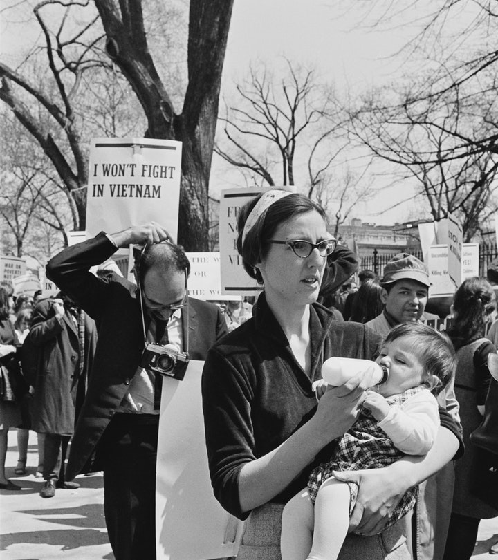Protestors at the March Against the Vietnam War in Washington, DC, 17th April 1965. The march was organised by Students for a Democratic Society and the Women's Strike For Peace. (Photo by Michael Ochs Archives/Getty Images)