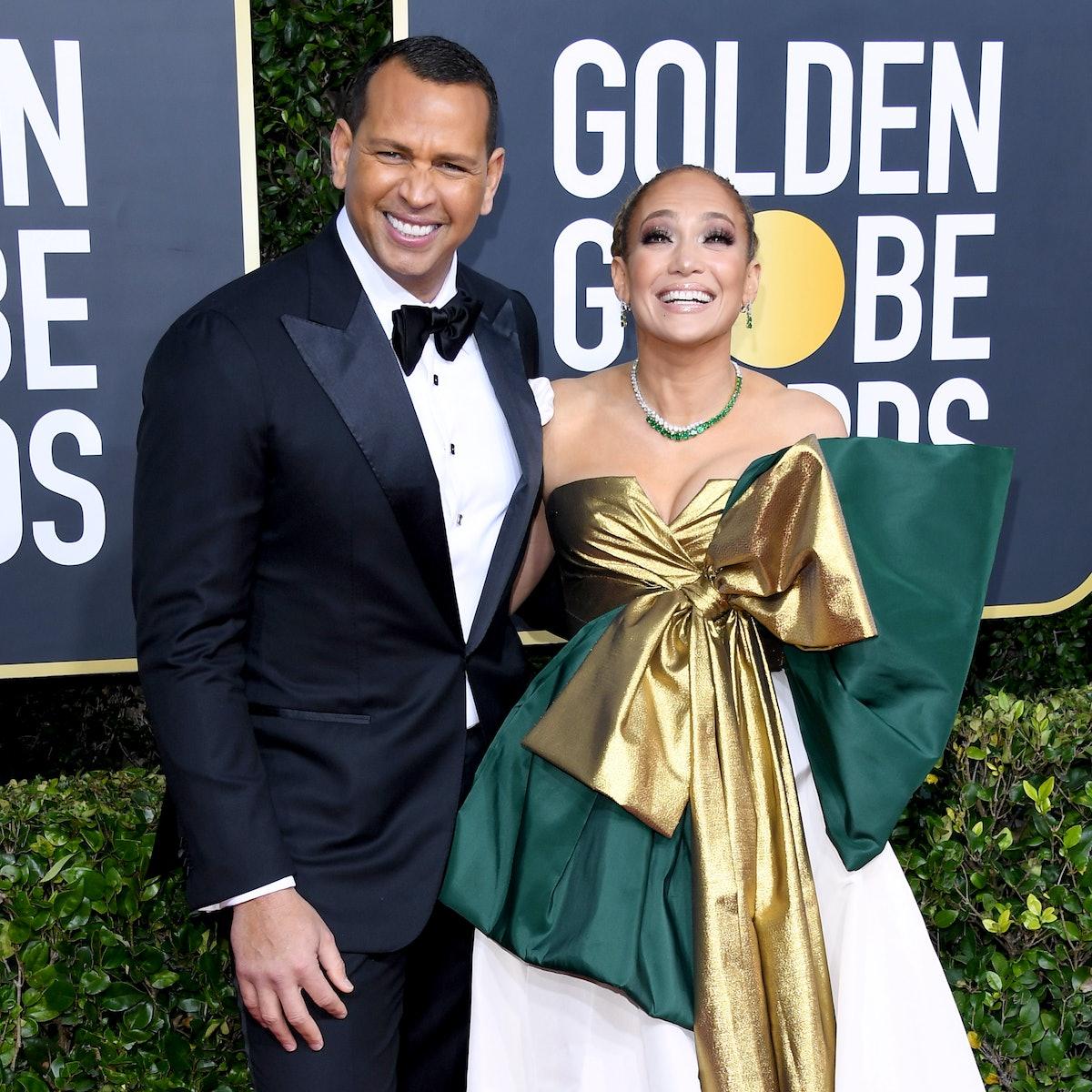 BEVERLY HILLS, CALIFORNIA - JANUARY 05: (L-R) Alex Rodriguez and Jennifer Lopez attend the 77th Annu...