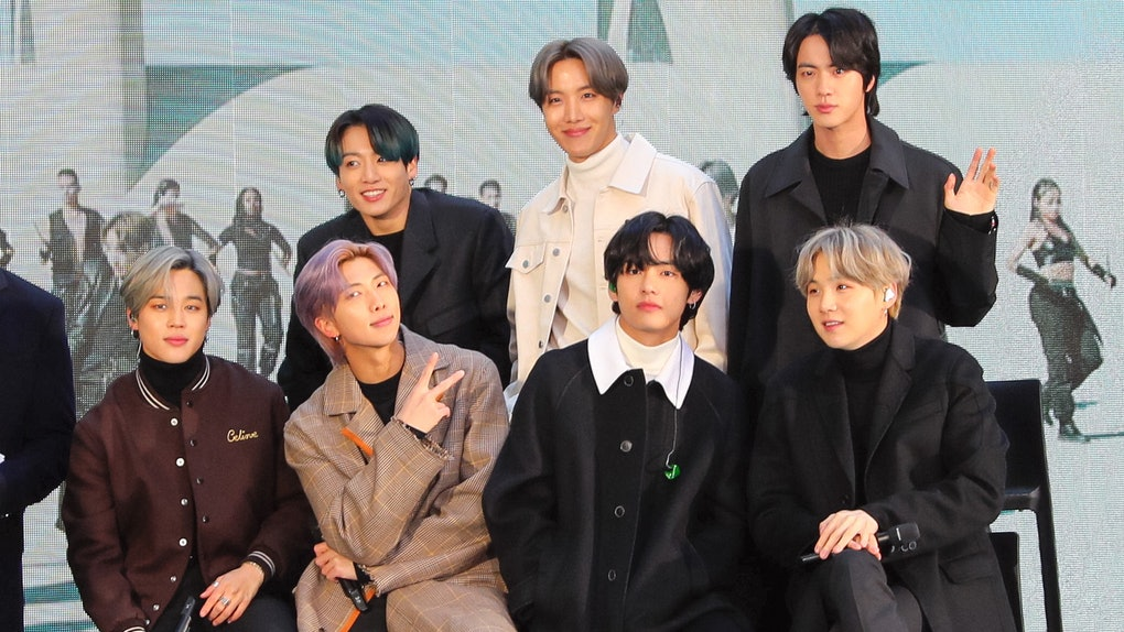 NEW YORK, NY - FEBRUARY 21: Jin, Suga, J-Hope, RM, Jimin, V and Jungkook of K-Pop band BTS are seen during an interview at the 'Today' Show on February 21, 2020 in New York City.  (Photo by Jose Perez/Bauer-Griffin/GC Images)