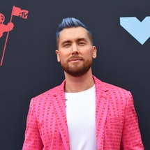 US singer Lance Bass arrives for the 2019 MTV Video Music Awards at the Prudential Center in Newark, New Jersey on August 26, 2019. (Photo by Johannes EISELE / AFP)        (Photo credit should read JOHANNES EISELE/AFP via Getty Images)