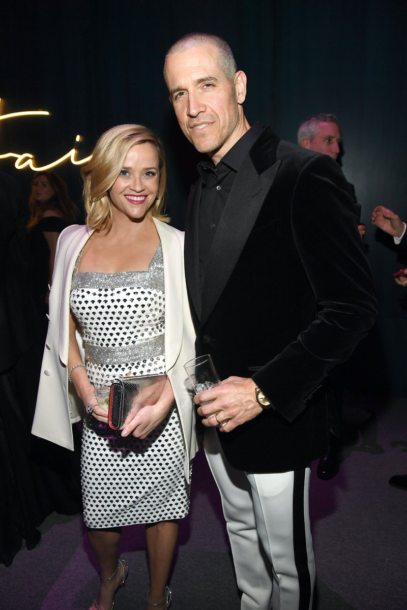 BEVERLY HILLS, CALIFORNIA - FEBRUARY 09: (L-R) Reese Witherspoon and Jim Toth attend the 2020 Vanity Fair Oscar Party hosted by Radhika Jones at Wallis Annenberg Center for the Performing Arts on February 09, 2020 in Beverly Hills, California. (Photo by Kevin Mazur/VF20/WireImage)