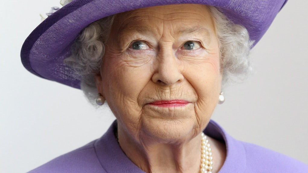 STEVENAGE, ENGLAND - JUNE 14:  Queen Elizabeth II visits a new maternity ward at the Lister Hospital on June 14, 2012 in Stevenage, England. The Queen is on a two day tour of the East Midlands as part of her Diamond Jubilee tour of the country.  (Photo by Chris Jackson - WPA Pool/Getty Images)