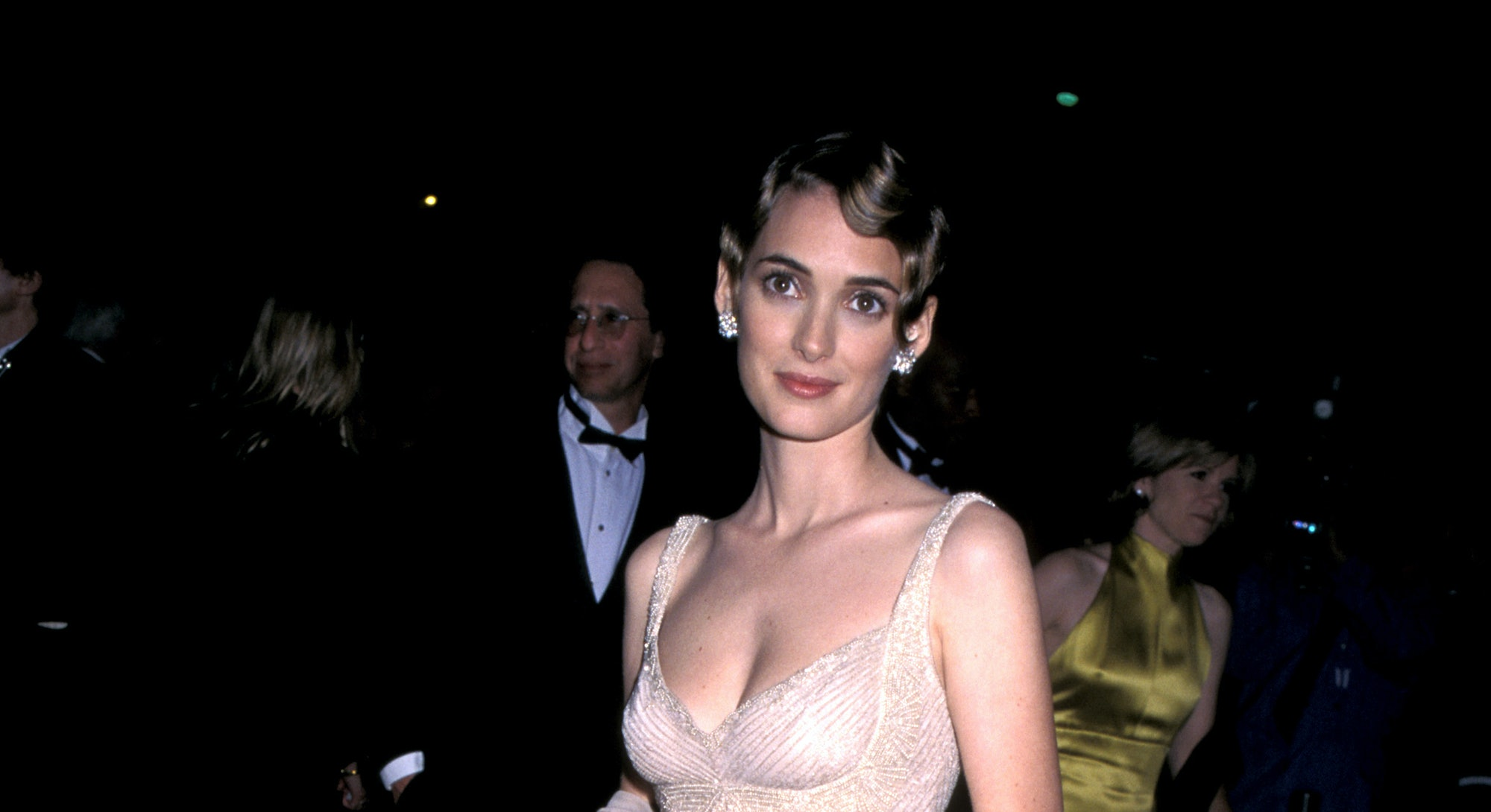 Winona Ryder during 1996 Vanity Fair Oscar Party - Arrivals at Morton's Restaurant in West Hollywood...