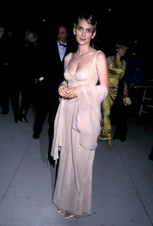 Winona Ryder during 1996 Vanity Fair Oscar Party - Arrivals at Morton's Restaurant in West Hollywood, California, United States. (Photo by Ron Galella/Ron Galella Collection via Getty Images)