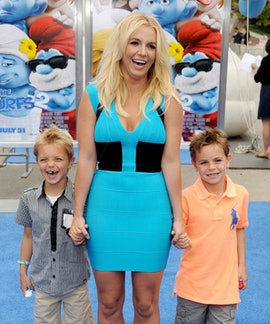 "WESTWOOD, CA - JULY 28:  Singer Britney Spears, sons Sean Federline and Jayden James Federline arrive at the Los Angeles premiere of ""Smurfs 2"" at Regency Village Theatre on July 28, 2013 in Westwood, California.  (Photo by Gregg DeGuire/WireImage)"