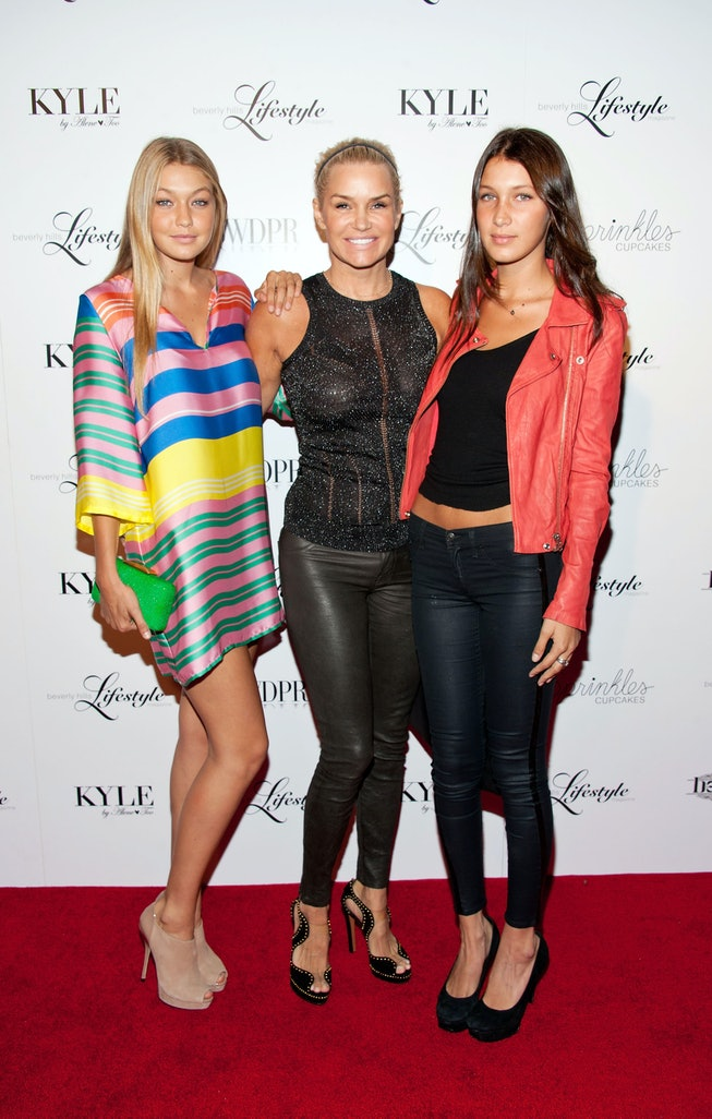 BEVERLY HILLS, CA - SEPTEMBER 27:  (L-R) Television personalities Gigi Hadid, Yolanda Hadid and Bella Hadid arrive at the Beverly Hills Lifestyle Magazine Fall 2012 Launch Party at Kyle by Alene Too on September 27, 2012 in Beverly Hills, California.  (Photo by Amanda Edwards/WireImage)
