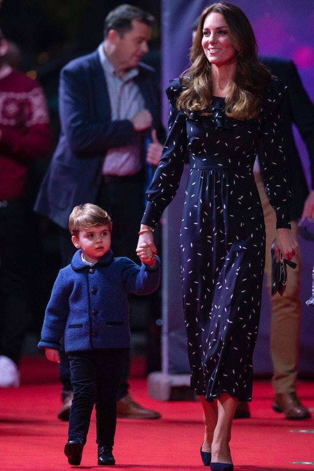 Prince Louis went to a pantomime event with his family.
