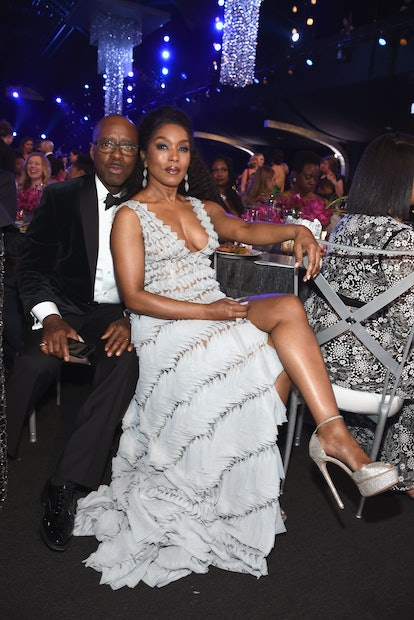 LOS ANGELES, CA - JANUARY 27:  Courtney B. Vance (L) and Angela Bassett during the 25th Annual Screen ActorsGuild Awards at The Shrine Auditorium on January 27, 2019 in Los Angeles, California. 480595  (Photo by Dimitrios Kambouris/Getty Images for Turner)