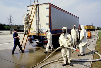 GERMANY- MAY:  West German customs officials closely screening goods, cars and people coming in from Eastern Europe, where radioactivity from the Chernobyl nuclear plant has threatened to contaminate crops during May 1986 in West Germany.(Photo by Patrick PIEL/Gamma-Rapho via Getty Images)