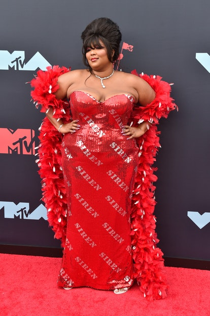 NEWARK, NEW JERSEY - AUGUST 26: Singer Lizzo attends the 2019 MTV Video Music Awards red carpet at Prudential Center on August 26, 2019 in Newark, New Jersey. (Photo by Aaron J. Thornton/Getty Images)