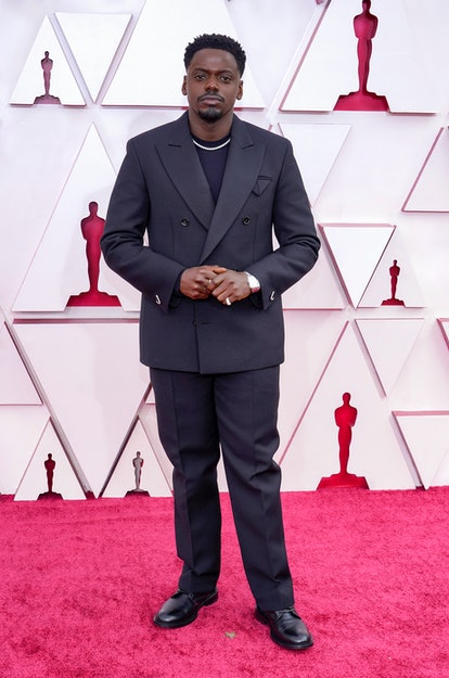 LOS ANGELES, CALIFORNIA – APRIL 25: Daniel Kaluuya attends the 93rd Annual Academy Awards at Union Station on April 25, 2021 in Los Angeles, California. (Photo by Chris Pizzelo-Pool/Getty Images)