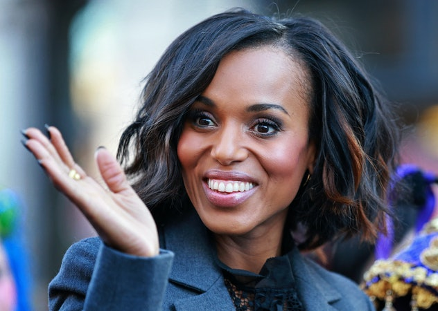 (01/28/2016 Cambridge, MA) Actress Kerry Washington waves to the crowd during the The Hasty Pudding ...