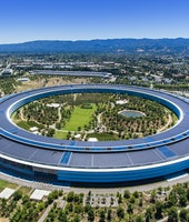 Aerial shot of Apple Park. Cupertino, California, US. August 2019. Drone shot of the Apple Park.Thecorporate headquarterofApple Inc in Silicon Valley. Known as Spaceship, designed by Norman Foster.