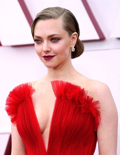 LOS ANGELES, CALIFORNIA – APRIL 25: Amanda Seyfried attends the 93rd Annual Academy Awards at Union Station on April 25, 2021 in Los Angeles, California. (Photo by Chris Pizzello-Pool/Getty Images)