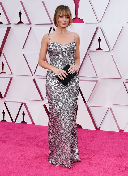 LOS ANGELES, CALIFORNIA – APRIL 25: Margot Robbie attends the 93rd Annual Academy Awards at Union Station on April 25, 2021 in Los Angeles, California. (Photo by Chris Pizzello-Pool/Getty Images)
