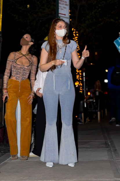 NEW YORK, NEW YORK - APRIL 23: Bella Hadid (L) and Gigi Hadid are seen on her birthday in NoHo on April 23, 2021 in New York City. (Photo by Gotham/GC Images)