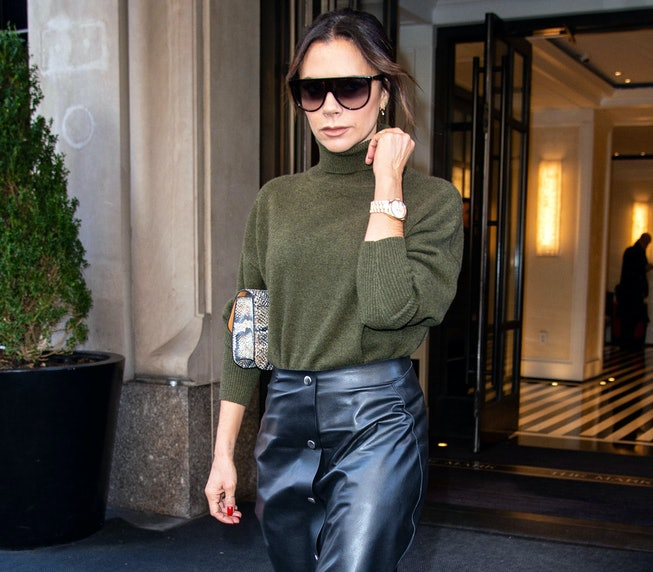 NEW YORK, NY - JANUARY 25: Victoria Beckham leaves her hotel on January 25, 2019 in New York City. (Photo by Adrian Edwards/GC Images)