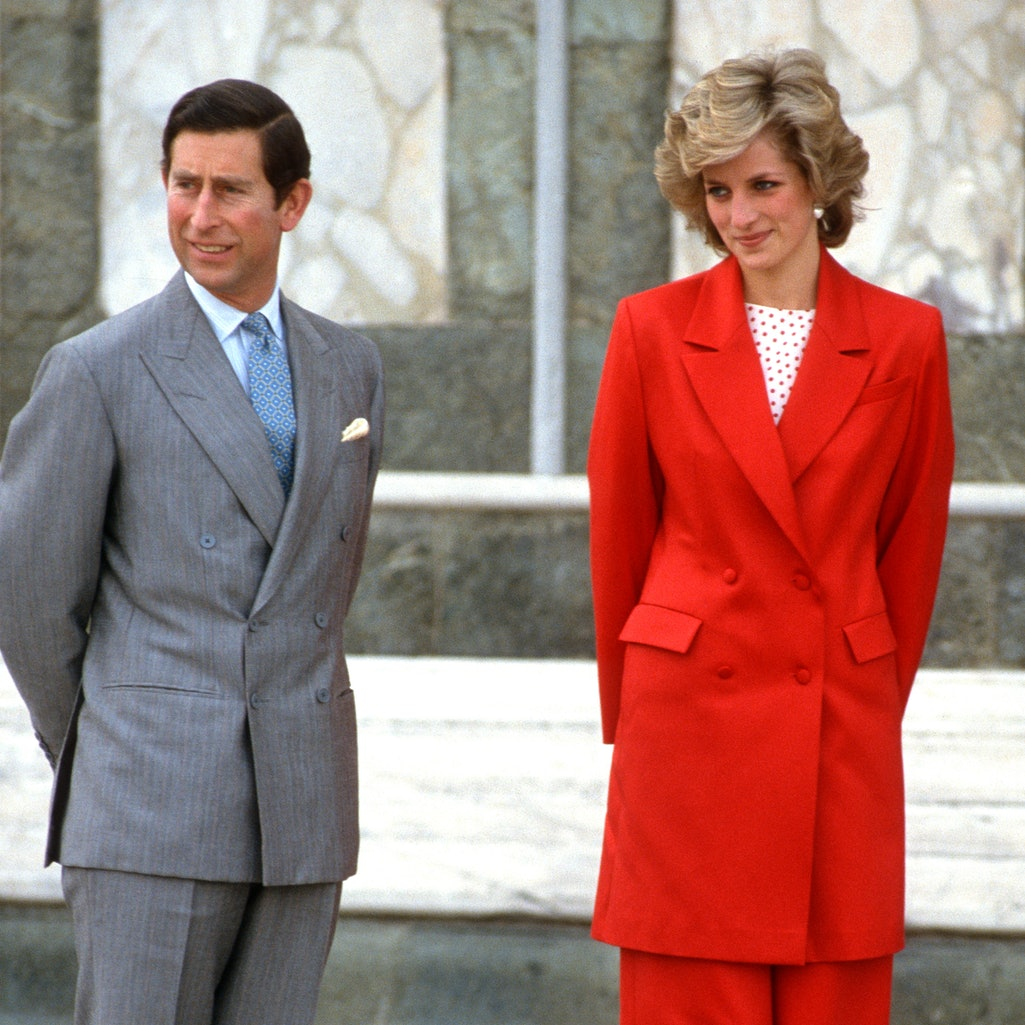 FLORENCE, ITALY - APRIL 23: Prince Charles, Prince of Wales and Diana, Princess of Wales, wearing a red suit designed by Japer Conran with a red and white polka dot top, red tights and red shoes, visit Florence on April 23, 1985 in Florence, Italy. (Photo by Anwar Hussein/Getty Images)