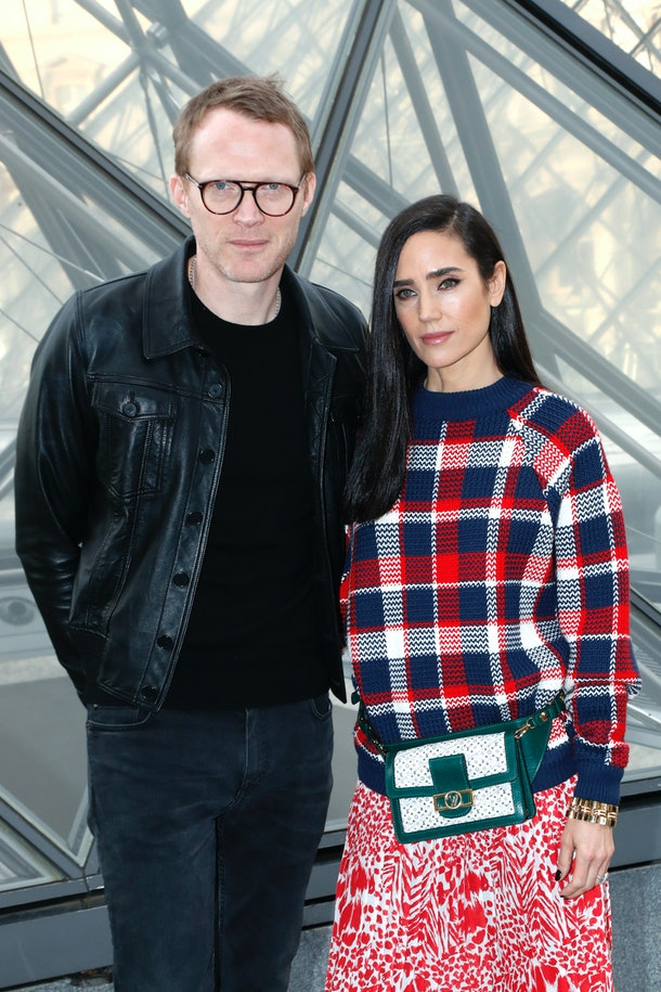 PARIS, FRANCE - MARCH 05: Paul Bettany and Jennifer Connelly attend the Louis Vuitton show as part of the Paris Fashion Week Womenswear Fall/Winter 2019/2020  on March 05, 2019 in Paris, France. (Photo by Bertrand Rindoff Petroff/Getty Images)