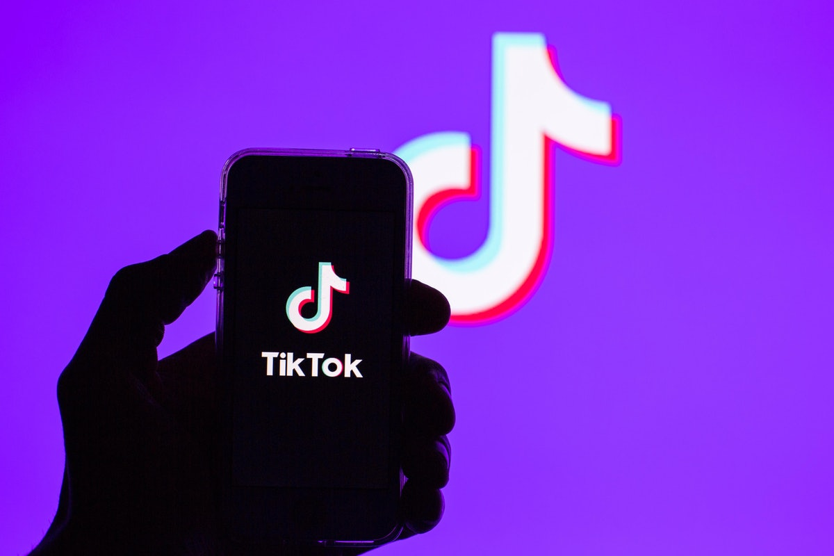 Here's how to use TikTok's Immersive Music Creative Effects to upgrade your vids.