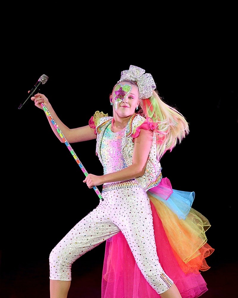 CEDAR PARK, TEXAS - SEPTEMBER 18:  JoJo Siwa performs in concert at HEB Center on September 18, 2019 in Cedar Park, Texas.  (Photo by Gary Miller/Getty Images)