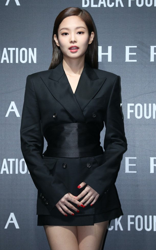 SEOUL, SOUTH KOREA - MARCH 14: BLACKPINK Jennie attends the photocall for HERA at SJ Kunsthalle on March 14, 2019 in Seoul, South Korea. (Photo by JTBC PLUS/Imazins via Getty Images)