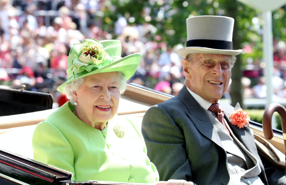 ASCOT, ENGLAND - JUNE 20:  Queen Elizabeth II and Prince Philip, Duke of Edinburgh arrive with the R...