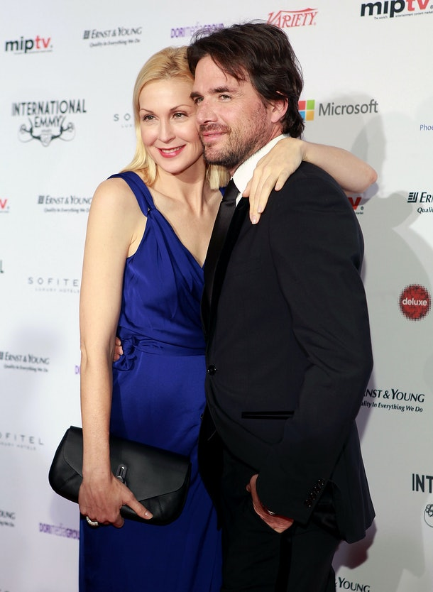 NEW YORK, NY - NOVEMBER 19:  Actors Kelly Rutherford (L) and Matthew Settle attend the 40th International Emmy Awards on November 19, 2012 in New York City.  (Photo by Robin Marchant/Getty Images)