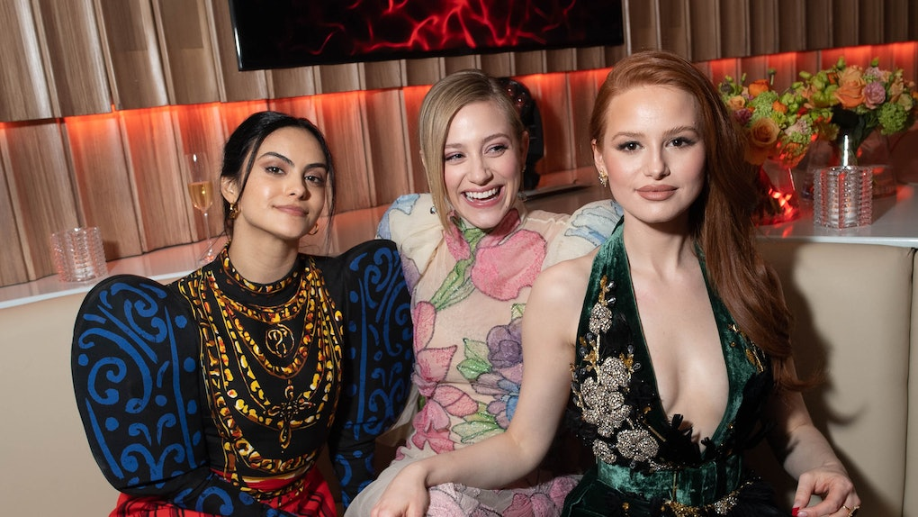 BEVERLY HILLS, CALIFORNIA - FEBRUARY 09: (L-R) Camila Mendes, Lili Reinhart, and Madelaine Petsch attend the 2020 Vanity Fair Party hosted by Radhika Jones at Wallis Annenberg Center for the Performing Arts on February 09, 2020 in Beverly Hills, California. (Photo by Emma McIntyre /VF20/WireImage)