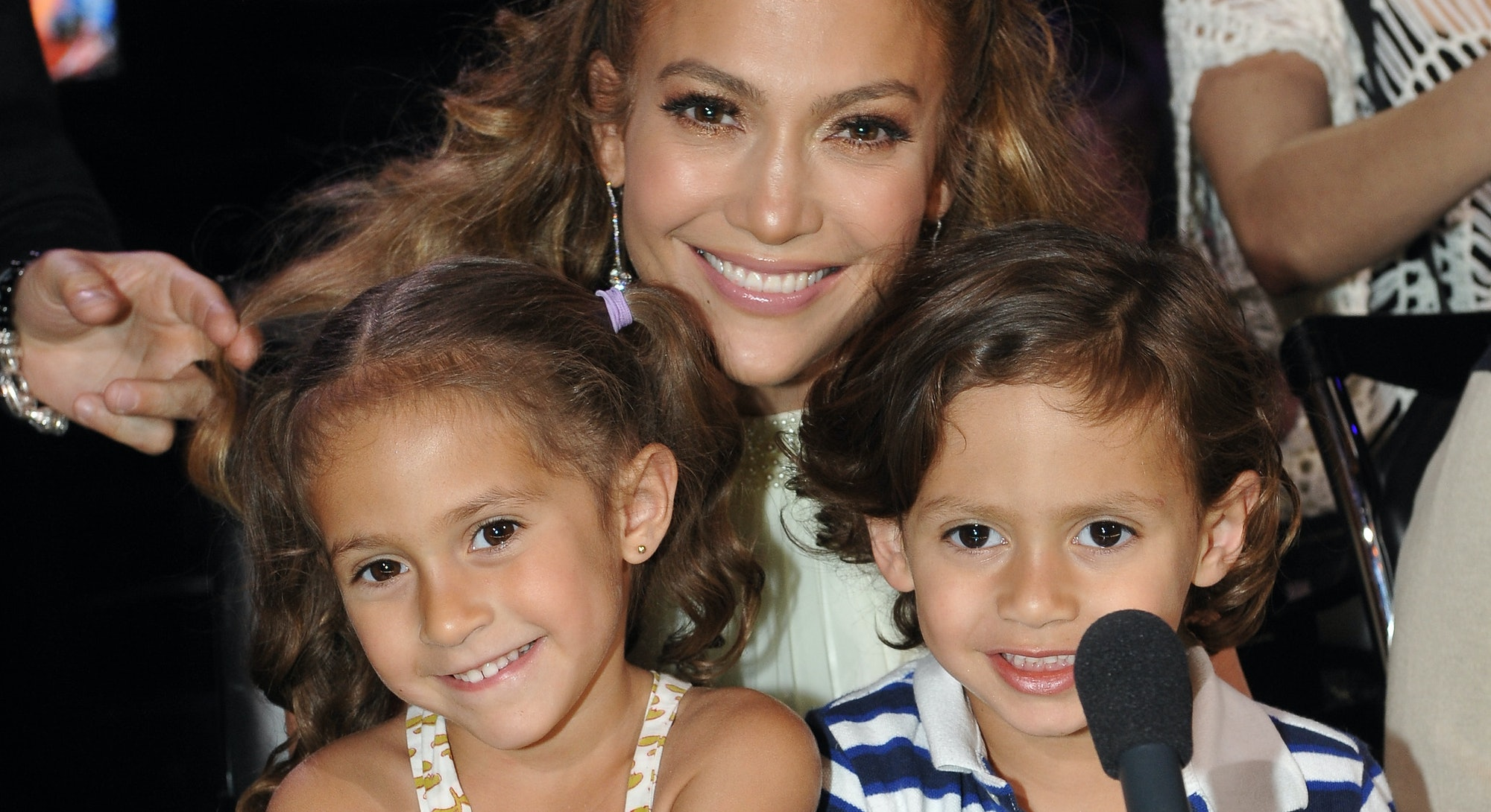 HOLLYWOOD, CA - MAY 10: Judge Jennifer Lopez (C) with daughter Emme (L) and son Max at FOX's American Idol Season 11 Top 4 To 3 Live Elimination Show on May 10, 2012 in Hollywood, California. (Photo by FOX via Getty Images)