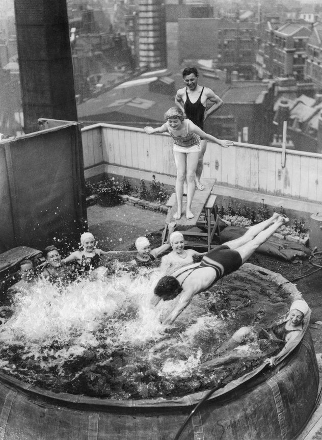 A rooftop pool in July 1935.