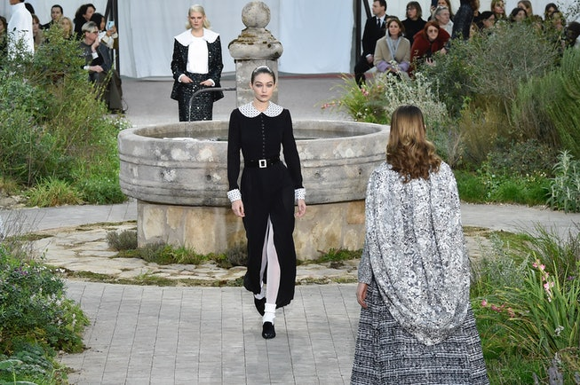 PARIS, FRANCE - JANUARY 21: Gigi Hadid walks the runway during the Chanel Haute Couture Spring/Summe...