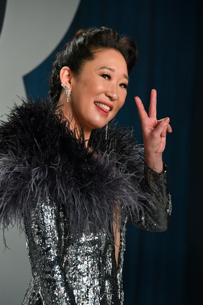 BEVERLY HILLS, CALIFORNIA - FEBRUARY 09: Sandra Oh attends the 2020 Vanity Fair Oscar party hosted by Radhika Jones at Wallis Annenberg Center for the Performing Arts on February 09, 2020 in Beverly Hills, California. (Photo by George Pimentel/Getty Images)