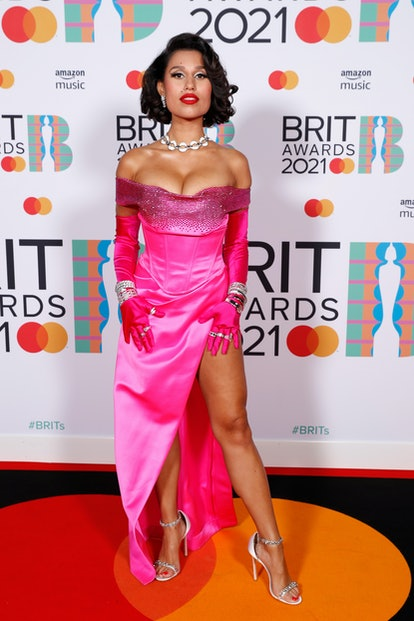 LONDON, ENGLAND - MAY 11: Raye attends The BRIT Awards 2021 at The O2 Arena on May 11, 2021 in London, England. (Photo by JMEnternational/JMEnternational for BRIT Awards/Getty Images)